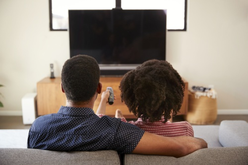 Att välja en TV-bänk som passar in i rummet.