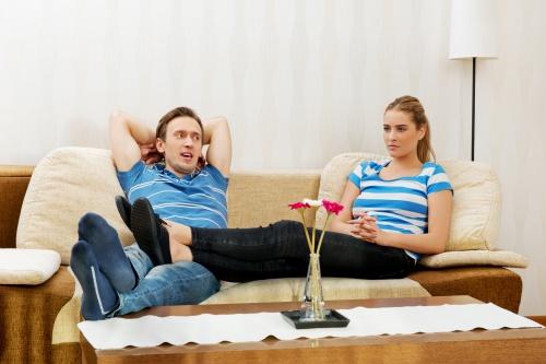 Välj rätt form och stil på bordet i vardagsrummet.