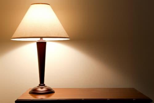 Olika typer av bordslampor
