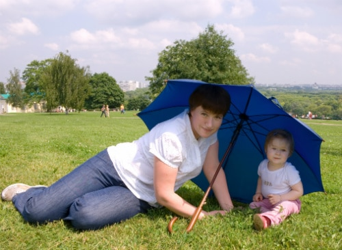 Stark sol är skadlig för små barn.