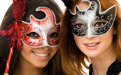 Att välja rätt maskeradkläder till halloweenfesten.