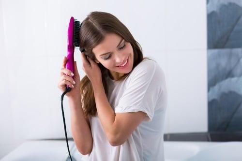 Få ett rakt och slätt hår
