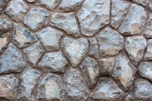 Stenar vid trädgårdsanläggning