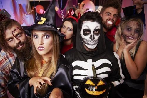 Köp Halloween Kläder online
