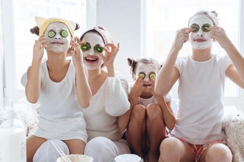 Att använda den här typen av ansiktsmask