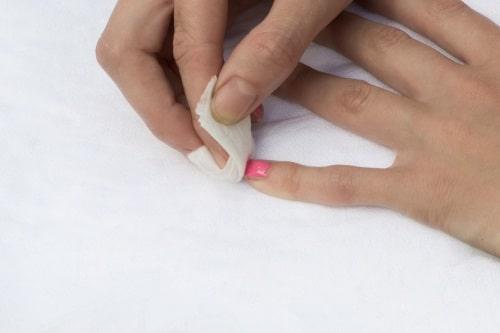 Så väljer du en bra nagellacksremover