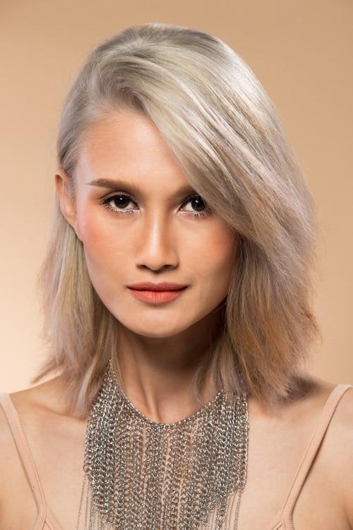 Trendigt grått hår