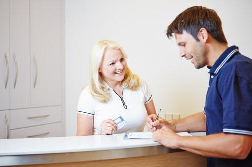 Det är viktigt med en receptionsdisk för att ta emot kunder och samarbetspartners vid.