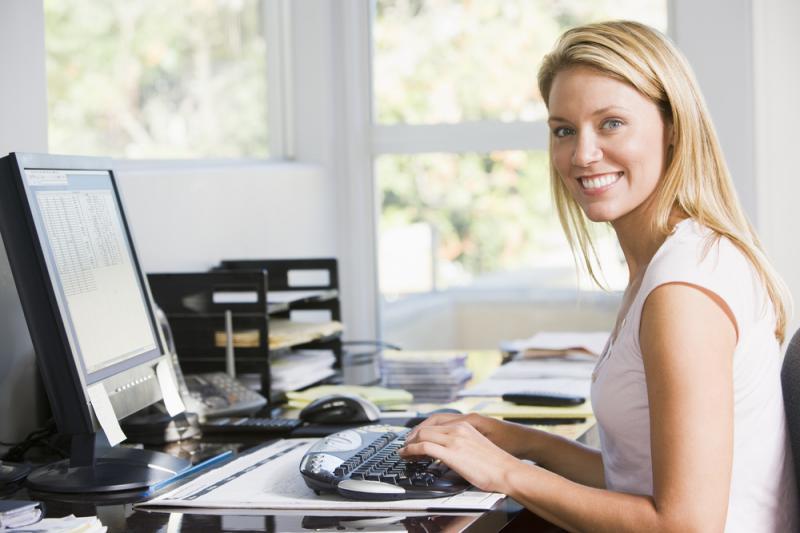 Höj och sänkbara skrivbord till hemmakontoret
